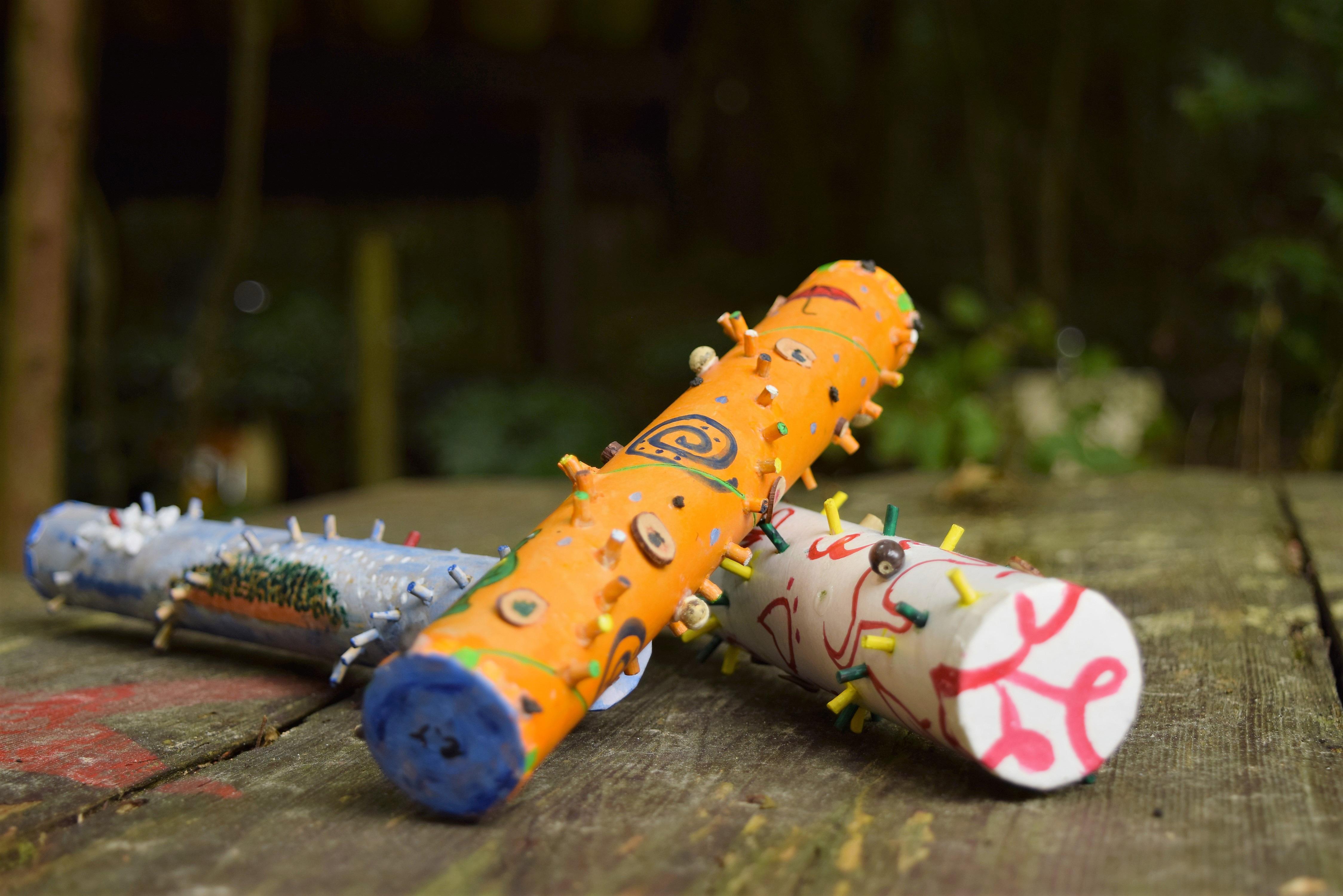 木の実や枝を使ってマイ楽器を作ろう!
