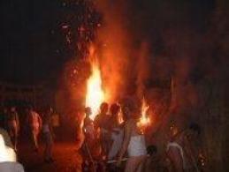 浮気の火祭り