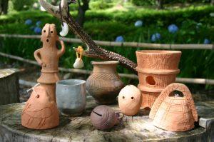 【3/24~4/8】春休み中は毎日開催! まが玉・土器・はにわ作りができる「弥生の森体験学習」