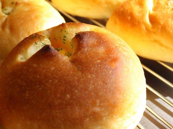 タキノベーカリーコーンマヨネーズパン