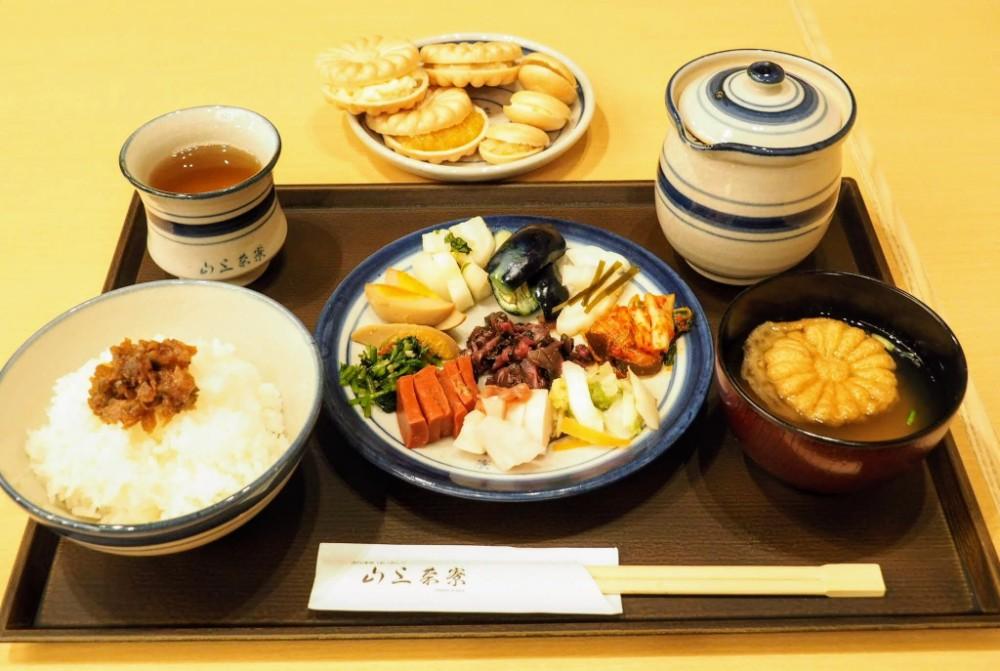 「山上茶寮(やまじょうさりょう)」日本人に生まれてよかった〜!お漬物バイキングに行ってきた【彦根/夢京橋キャッスルロード】