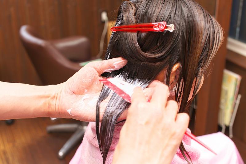 今、SNSで話題!「美髪チャージ」で 美しく艶めく美髪に導くサロン【LAKE LOVERS】