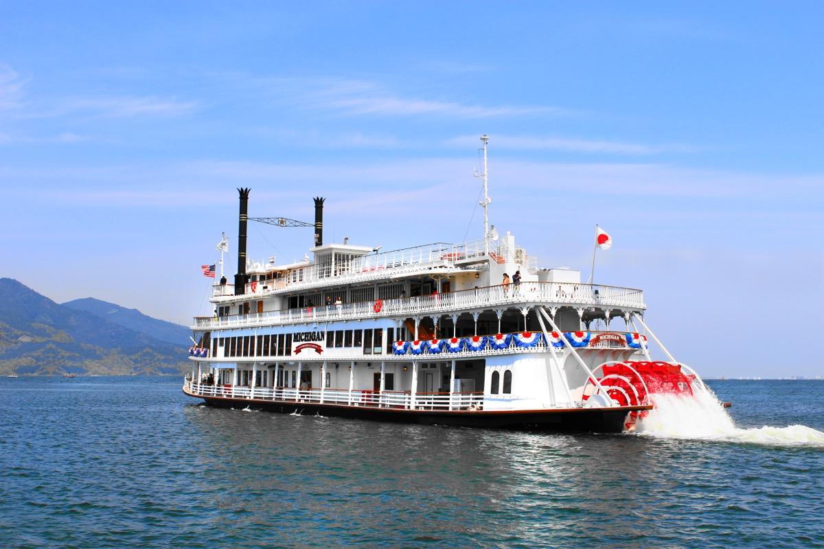 【琵琶湖汽船】ミシガンクルーズから届いた2つのお得な情報!びわ湖の夏を思いきり楽しもう